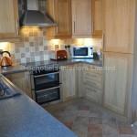 Oak Shaker Kitchen with Laminate Worktops