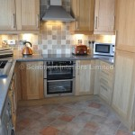 Oak Shaker Kitchen with Laminate Worktops